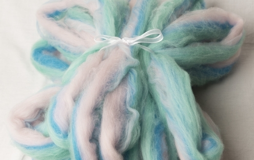 Beautiful Pastel Hand Pulled Roving (180430)