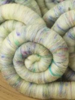 Soft Green Textured Rolag Set with Sari Silk (Batt 200805)