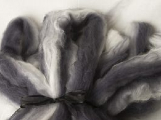 Lovely Neutral Hand Pulled Roving (180427)